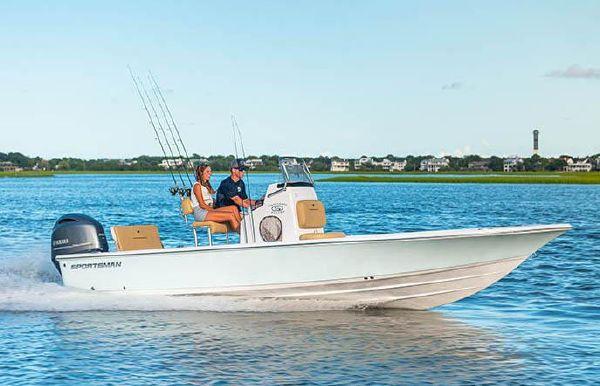 2022 Sportsman Tournament 234 SBX Bay Boat