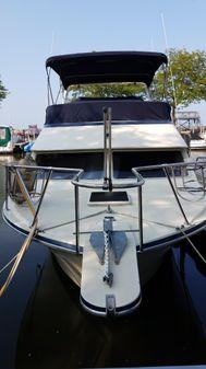 Tollycraft 30 Sedan image