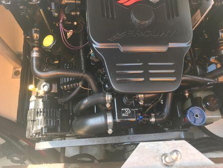 Monterey 214FS Montura image