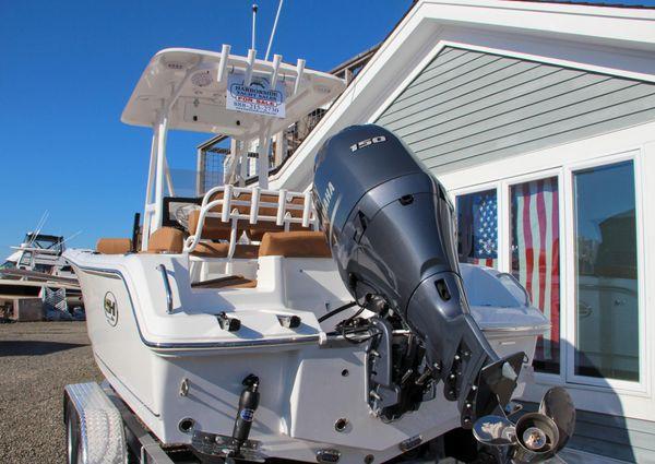 Sea Hunt Ultra 219 image
