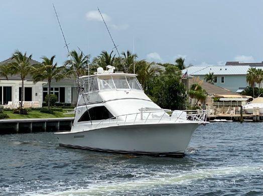 Ocean Yachts Super Sport - main image