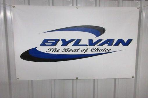 Sylvan Mirage 8522 LZ Port Bar image