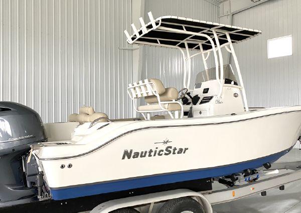 NauticStar 2102 Legacy CC image