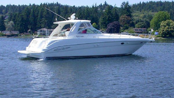 Sea Ray 460 Sundancer Exterior Profile