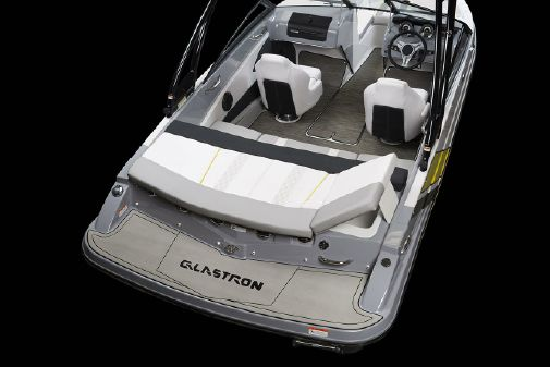 Glastron GTS 185 image