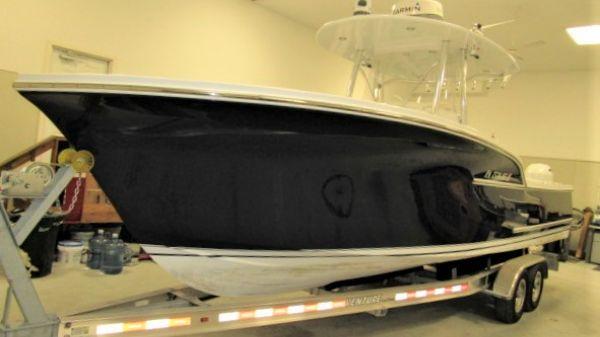 Composite Yacht Center Console