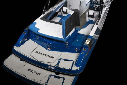 Glastron GTS 245 image
