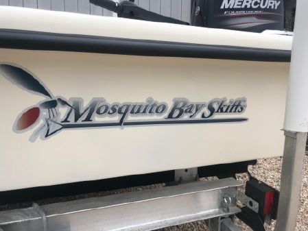 Mosquito Bay Skiffs Buzz Lite XTR image
