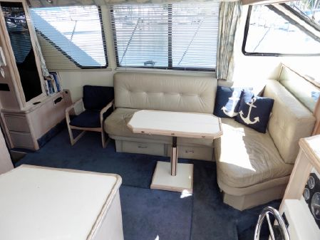 Tollycraft 39 Sport Yacht image