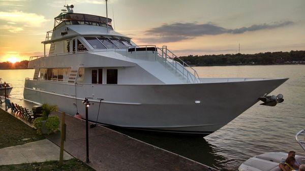 Voyager Tri-deck