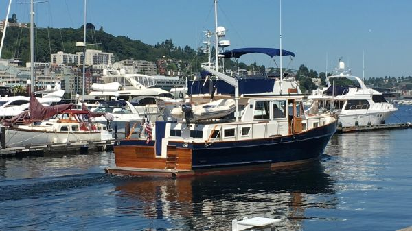 Grand Banks Classic stabilized 3 cabins