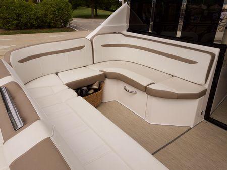Regal 46 Sport Coupe image