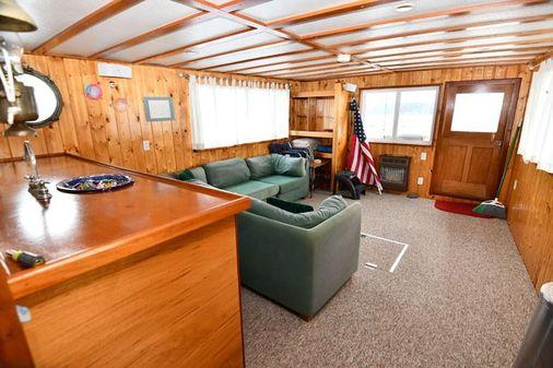 Custom Classic Pilothouse image