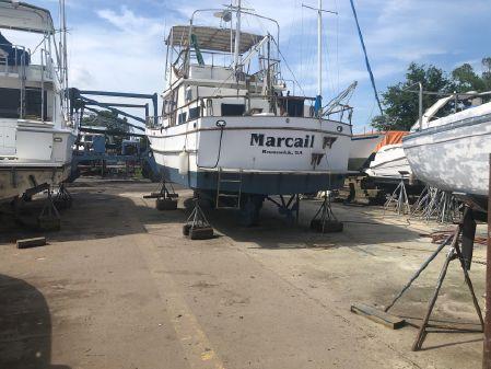 Marine Trader 42 image