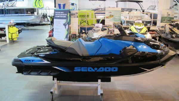 Bombardier SEADOO RXT 230