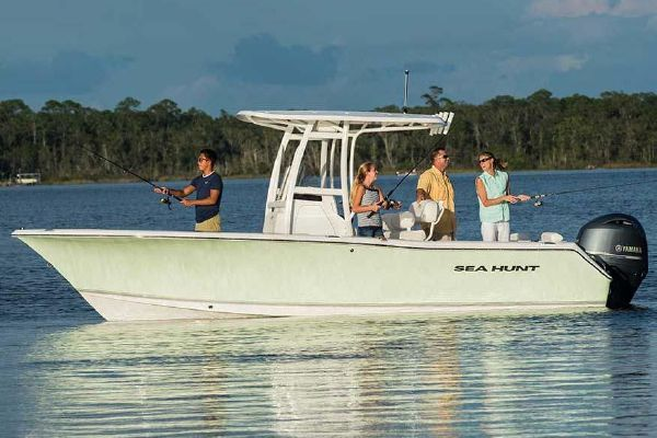 Sea Hunt Triton 225 - main image