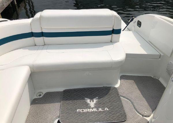 Formula 260 Bowrider image