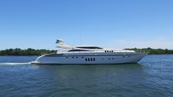 Leopard Motor Yacht