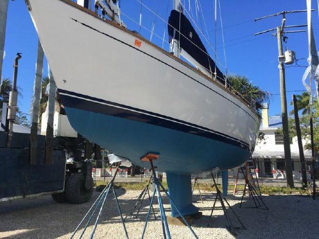 1998 Tartan 3800 Marco Island, Florida - Pier One Yacht Sales