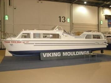 Viking 32cc Canal Boat