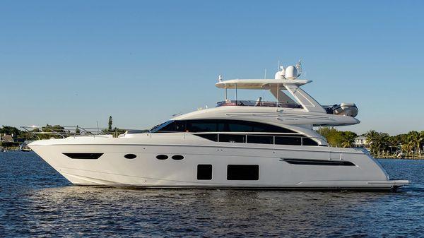 Princess 68 Flybridge Motor Yacht