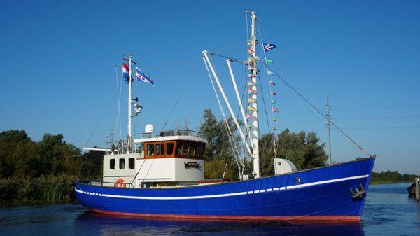 EX-FISHING TRAWLER