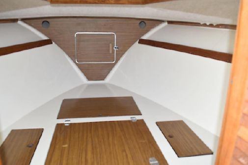 SeaCraft Cuddy image