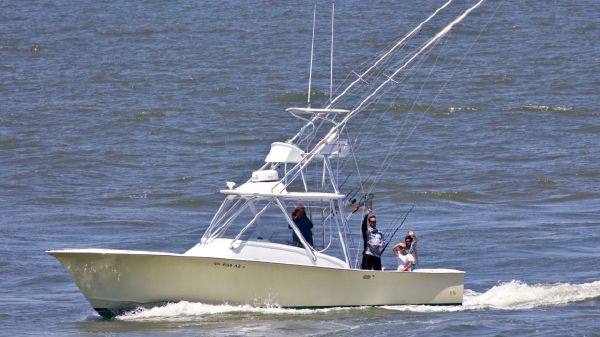 Custom Carolina 34 FISH-AROUND DIESEL CUDDY