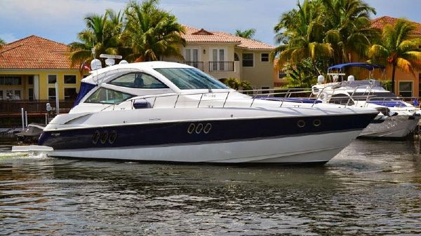 Cruisers Yachts 540 Sports Coupe