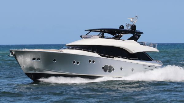 Monte Carlo Yachts MCY80