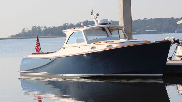 Hinckley Picnic Boat Classic Non Sequitur