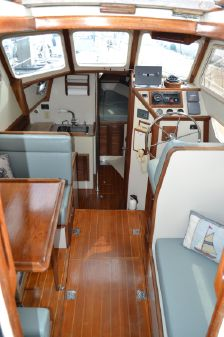 Pacific Seacraft 32 Pilothouse image