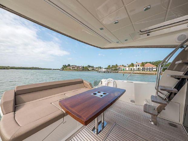 2015 Prestige 550 Flybridge Broker Sell