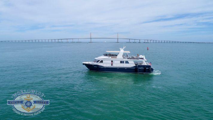 Custom Flybridge Motoryacht - main image