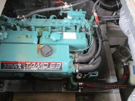 Sealine F43 image