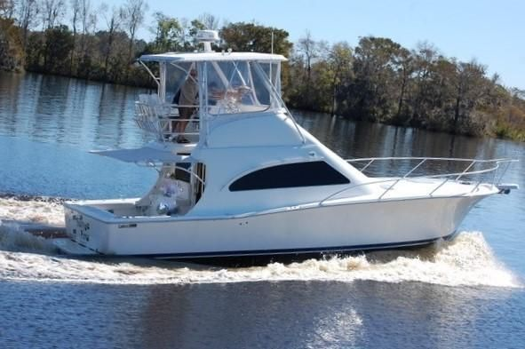 Luhrs Motor Boats for Sale | New England Powerboat Brokers