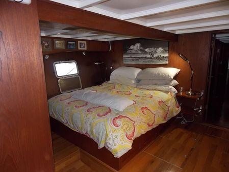 Mason Bragg Custom Yacht image