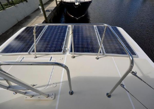 Maine Cat Power Catamaran Flybridge image