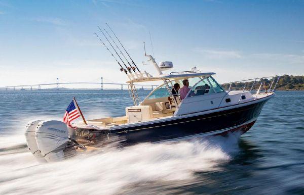 2020 Hunt Yachts Surfhunter 32