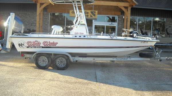 Whitewater Downeast 21 Bay
