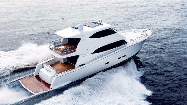Maritimo Yachts M70 Starboard Side