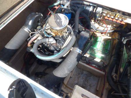 Uniflite 32 Sport Sedan image