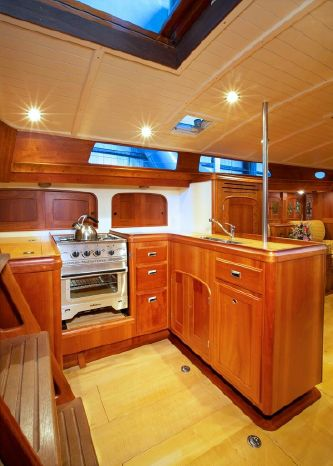 2005 Brooklin Boatyard Spirit of Tradition Sloop Brokerage New England