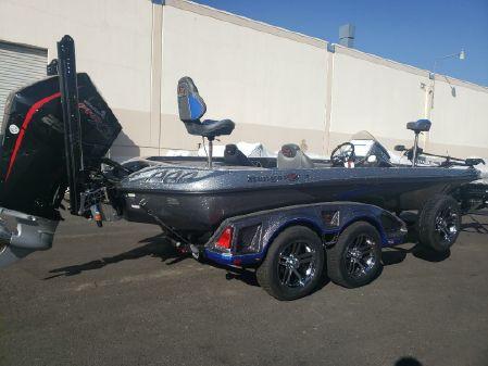 Ranger Z521C Ranger Equipped image