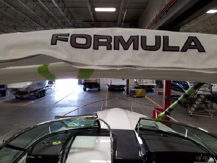 Formula 310 Sun Sport image