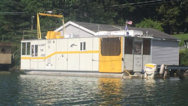 Custom Houseboat UFAB 37