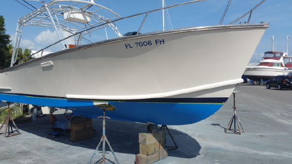 Boca Grande 26' Center Console Inboard New bottom job