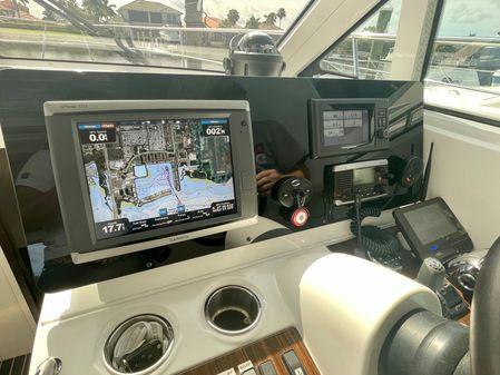 Cruisers Yachts 41 Cantius image