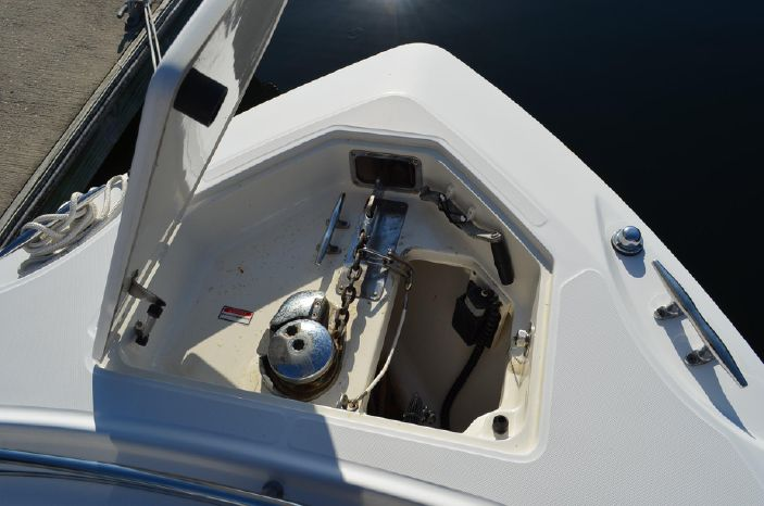 2006 Boston Whaler 320 Outrage Brokerage Sell
