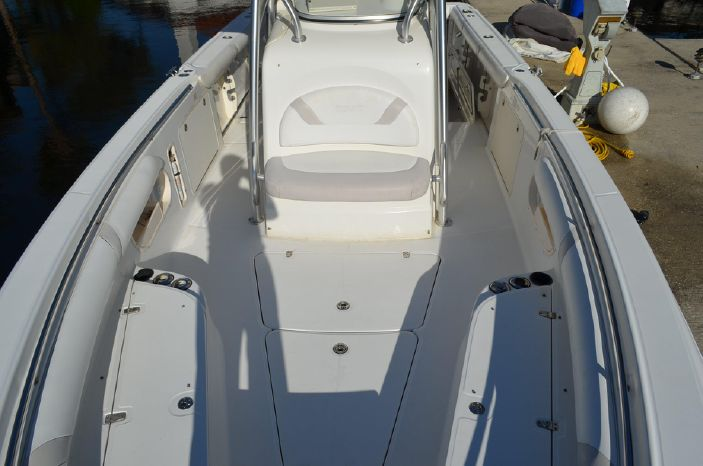 2006 Boston Whaler 320 Outrage Brokerage Connecticut